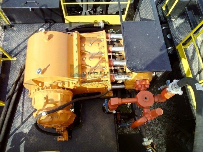 Агрегат кислотной обработки скважин син 32
